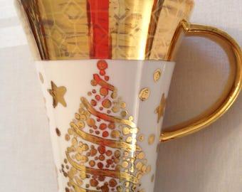 Christmas mug, gold design