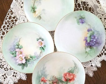 Plates – Set of 4 Hand-Painted Bavarian Dessert Plates – Excellent Vintage Condition