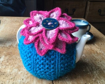 water lily teapot cosy