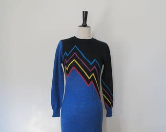 Blue sweater dress by Le Passe Partout, 1980s retro sweaterdress, Vintage sweater dress, vintage knitwear