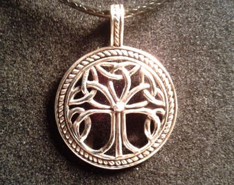 Sterling silver celtic tree of life pendant (6)