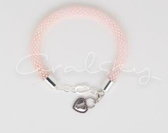 Handmade, elegant, beaded bracelet made by Coralsky