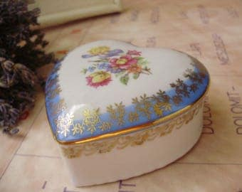 Vintage german porcelain trinket box,jewelry box,holder,storage
