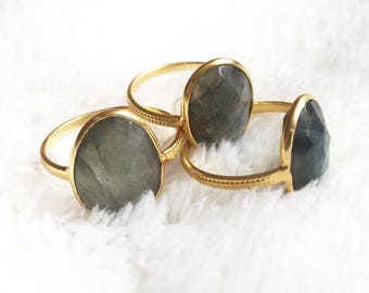 Golden ring with Labradorite stone