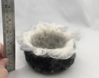 needle felted, key bowl, needle felt, soft scqulpture, felt bowl, felted bowl, home decor, felted bowls, wool bowl, bowl, felt, felt art,