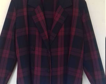 1980's burgundy and navy checked jacket. (Size M/L)