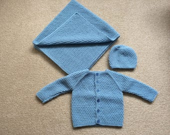 Gift Set for a Baby Boy/Girl - Blanket, Cardigan, Hat - Age 6-12 Months