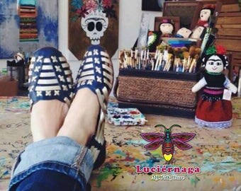 Women's leather sandals. Mexican huarache sandals. Metallic. Gold.