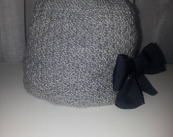 grey pure wool hat with removable bow 2-4 years