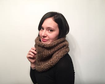 ON SALE, Women's Knit Winter Scarf, Infinity Scarf, Wool Knit Cowl