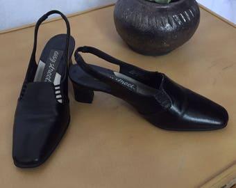 Vintage Black Cut Out Slingback Pumps/Mules, Close Toe, Low Heel, Size 7.5, Excellent Condition