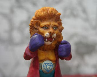 """""""The Lion/Leo/Alice"""" figurine's Adventures in Wonderland/The Lion and the Unicorn/adventures of Alice in Wonderland/art doll /Alice country"""