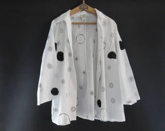 Blouse FRANCE RIVOIRE - White - Série 284 - Embroidery / Appliqué - Vintage
