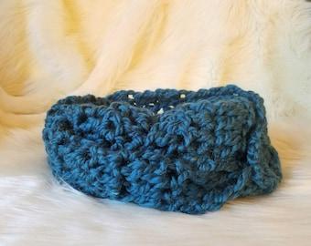 Blue Green Crochet Infinity Scarf \ Circle Scarf \ Cowl \ Neck Warmer