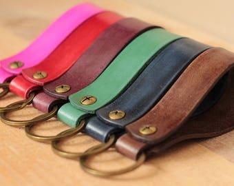 Leather Keyring  Leather Keychain  Leather Key Fob  Simple  Robust  Modern  Handmade Tan