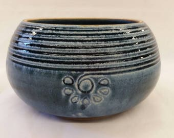 Medium functional/decorative blue bowl