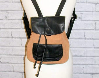 Medium size vintage 90s style backpack rucksack tan faux suede/leather (HS37)