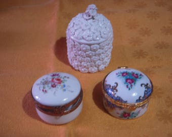 Boxes in German and French porcelain