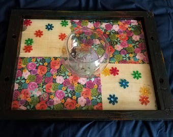 Quirky flower porch tray