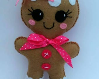 Gingerbread man PDF sewing patter, sewing pattern and tutorial, gingerbread girl PDF sewing pattern, step-by-step instructions, easy pdf