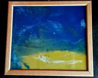 Resin frame, with base and wooden frame
