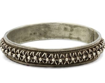 Tribal Bracelet Bangle, Primitive Silver Bangle, Antique 1930s Javanese Jewelry, Asia Antiques, Kederi Java Indonesia, Filigree Bracelet