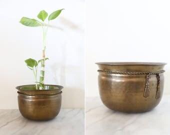 Vintage Hammered Tarnished Brass Pot Planter // Brass Plant Holder