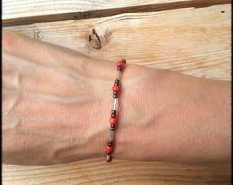 Women bracelet fine tone glass seed beads red Bohemian indie style