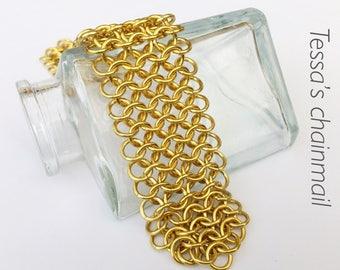 Chainmaille bracelet, golden bracelet, european chainmaille.
