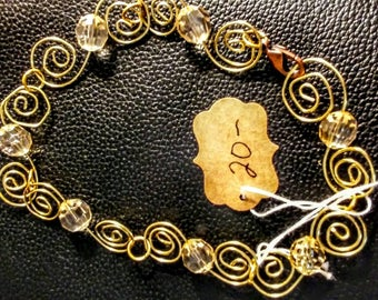 Bracelet with a twist