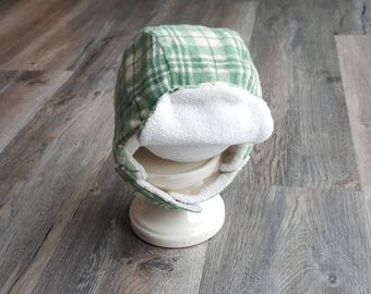 Wool winter hat with ear flaps/Kids winter hat/toddler winter hat/2T-4T winter hat/ boy or girl hat/soft green and cream winter hat/kids hat