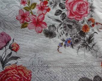 4 Lunch Paper Napkins, Rose Theme Napkins, Floral Paper Napkins, Decoupage Napkins, Collage Paper, Mixed Media Napkins (FLORAL 001)
