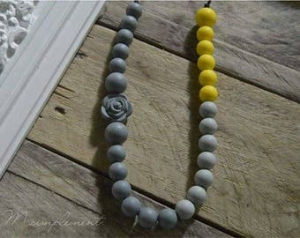 Teething necklace. [Sunny].