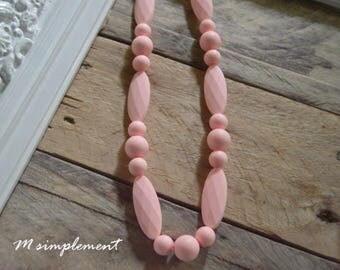 Teething necklace. [Simply quartz].