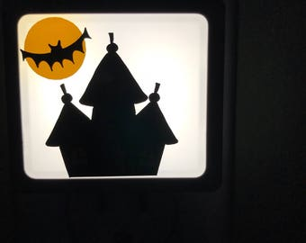 Haunted house nightlight