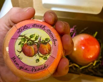 1 Georgia Peach Bath Bomb, with 5 sizes to choose from with free shipping inside the U.S.