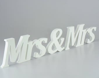 MRS & MRS Free Standing Wedding Table Piece Plaque Sign Plastic not Wooden Letters Home Decor Accessories