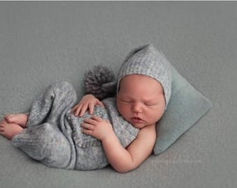 Newborn overall and bonnet (Richard) - photography prop - blue, grey,pink