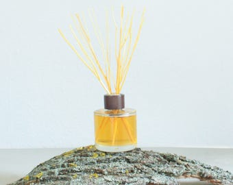 Room Scent - Driftwood Dreams - 200ml - Reed diffuser - Home Fragrance - Natural and Organic Essential Oils - UK Handmade - Twoodle Co