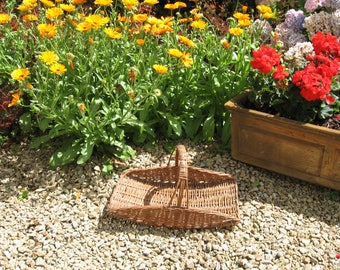 A Really Cute Vintage French Wicker Gathering Basket / Flower Basket / Herb Basket  ~ 1950's
