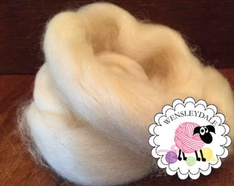 Wensleydale Roving, Wensleydale Combed Top, Spinning or Felting Wool, Natural Roving, 1 ounce