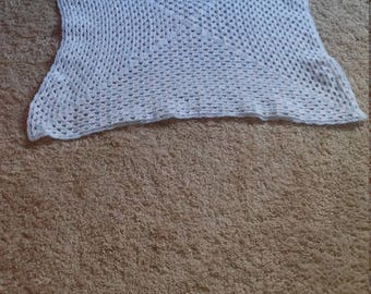 White and blue baby blanket