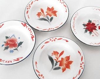 Set of 4 Standard brand enamel plates