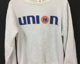 UNION 76 Lubricants Vintage Motor Oil Medium Size Sweatshirt Pull Over Bug Spell Out Logo