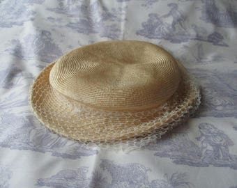 Vintage straw hat. French straw hat.Parisian hat.E Werle chapelier.Paris couture.French fashion.French style.Retro chic.Ideal gift.Vintage.
