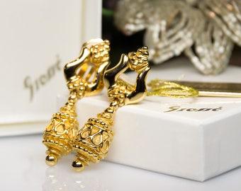 Vintage Henkel & Grosse - dangling drop clip on earrings from the 80s gold plated - Ohrclips verzierte Tropfen Form vergoldet