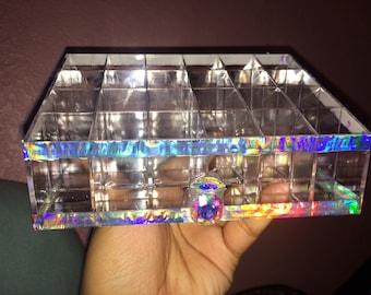 Holographic lipstick holder
