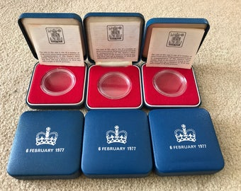 1977 Crown Coin Cases