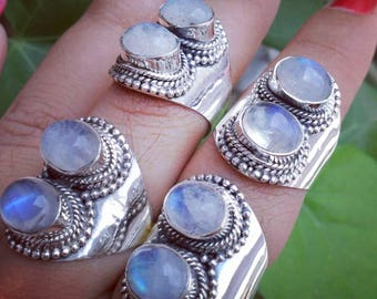 925 sterling silver ring with rainbow moonstone.