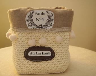 For bathroom storage baskets